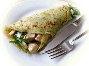 mit Putenfleisch und Gemüse gefüllter Wrap