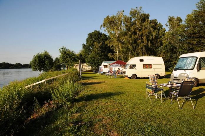 Camping Land an der Elbe Stover Strand