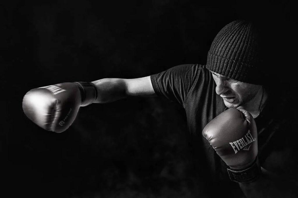 7-Regeln-der-Selbstverteidigung-featured