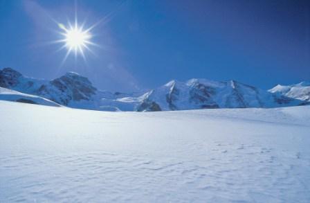 ENGADIN St.Moritz: Pontresina Winterpanorama am Fusse des Piz Palue