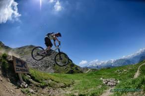Brody-Jump-Verbier-Bikepark-Outdoormind