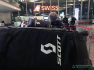Zürich Flughafen Check-In am Vorabend