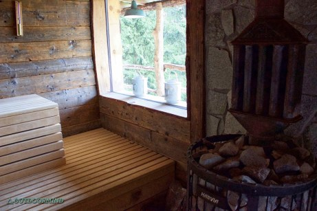 Sauna_Wellness_Swiss_Alpine_Lodge_Rinderberg_Outdoormind