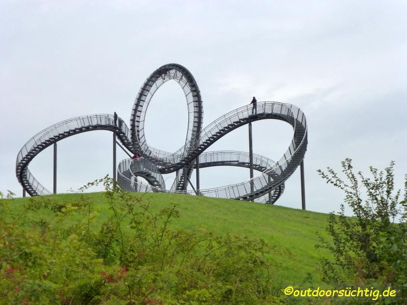 Zauberhaft - der Magic Mountain mit seiner begehbaren Skulptur Tiger & Turtle