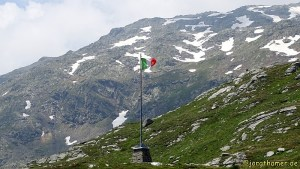 Via Spluga - Italienische Flagge