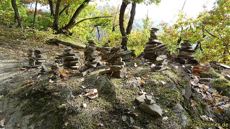 Hatzenporter Laysteig - Steinmännchen