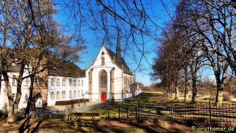 Blick auf die Abtei Mariawald