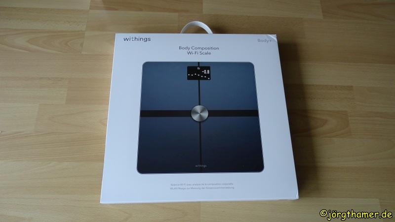 Withings Body+ in Originalverpackung - die Schachtel ist nicht viel größer als die Waage selbst
