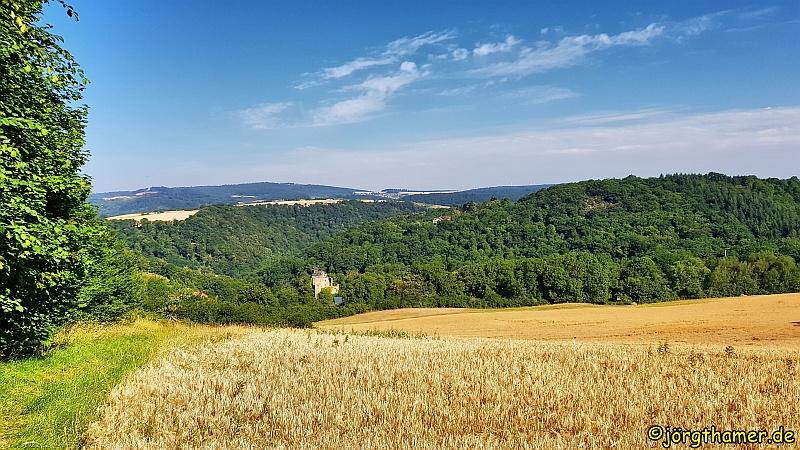 Küppeltour - Aussicht auf Burg Balduinstein