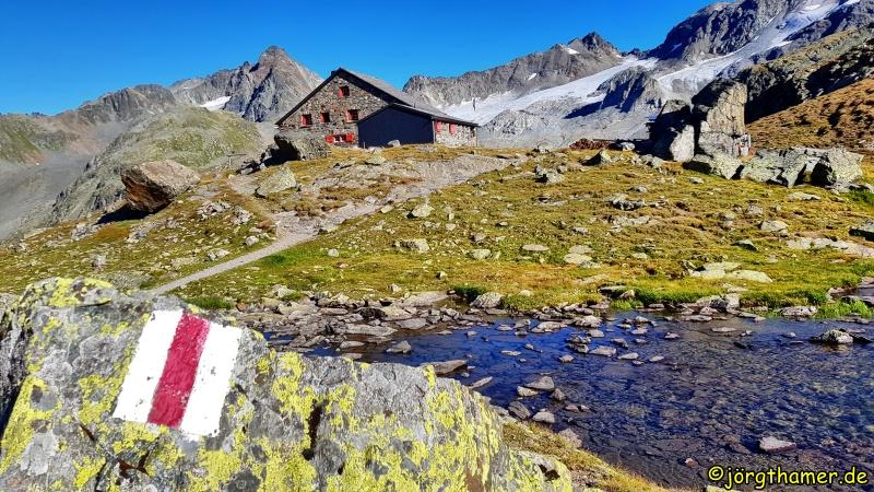 Grialetschhütte in den Albula-Alpen