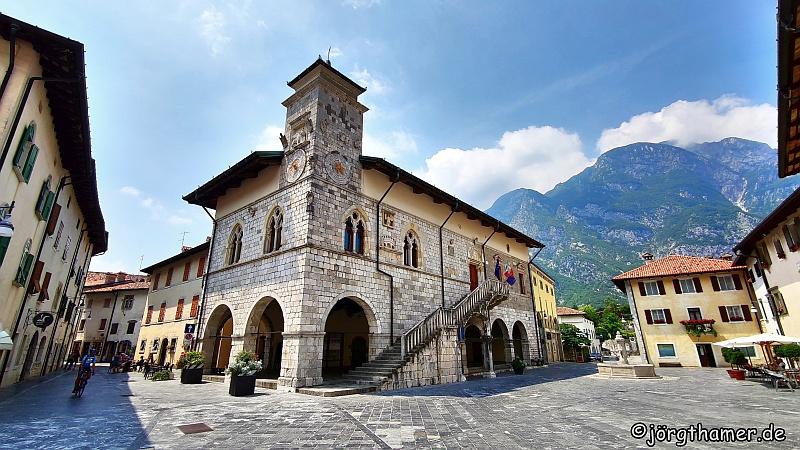 Rathaus Venzone