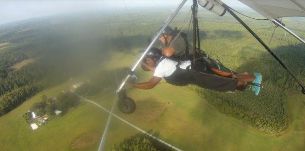 hang glide i'm steering