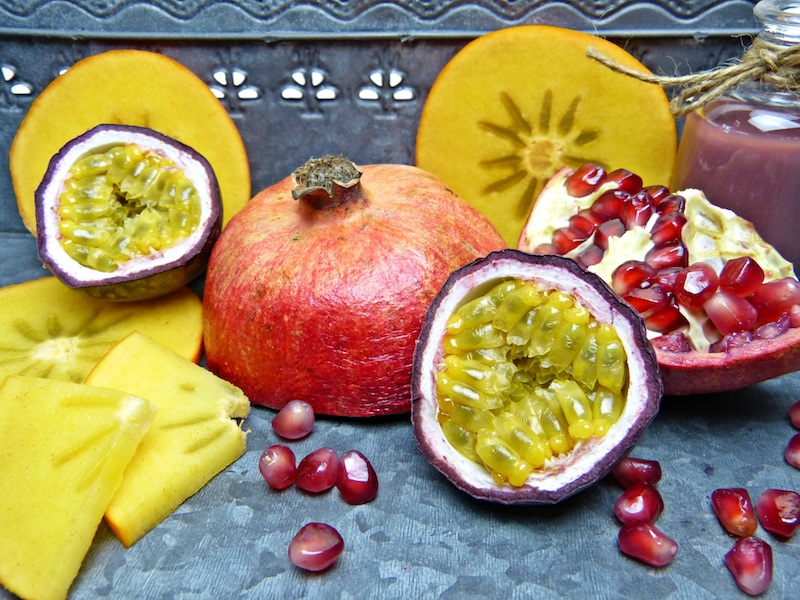 pomegranate-citrus-facial-treament-spa-sml