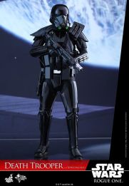 hot-toys-death-trooper-01
