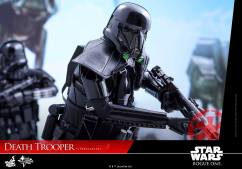 hot-toys-death-trooper-12