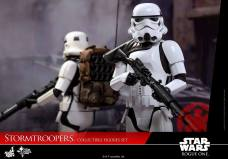 hot-toys-rogue-one-stormtrooper-set-006