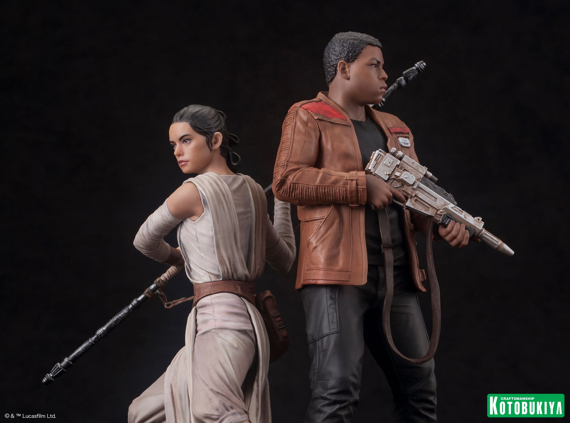 Rey and Finn Statue 2-Pack