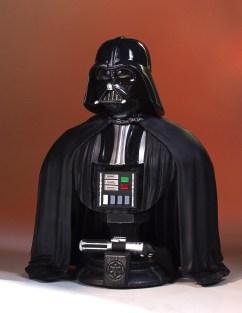 SDCC-2017-Darth-Vader-Bust-002