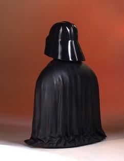 SDCC-2017-Darth-Vader-Bust-005