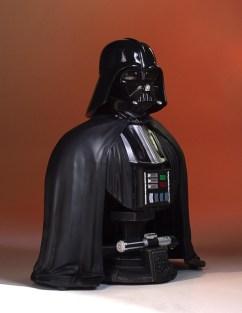 SDCC-2017-Darth-Vader-Bust-010