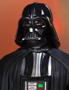 SDCC-2017-Darth-Vader-Bust-011