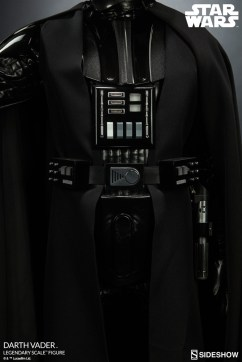 star-wars-darth-vader-legendary-scale-figure-400103-12