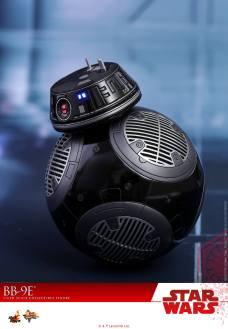 Hot-Toys-The-Last-Jedi-BB-9E-003
