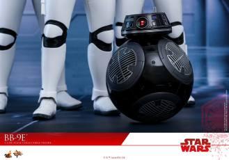 Hot-Toys-The-Last-Jedi-BB-9E-011