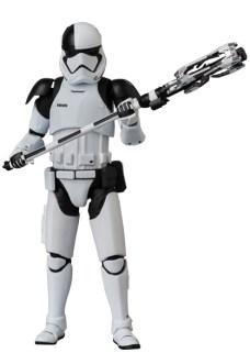 MAFEX-Last-Jedi-Executioner-Trooper-006