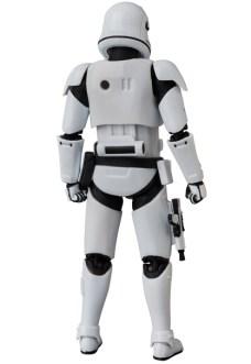 MAFEX-Last-Jedi-Stormtrooper-003