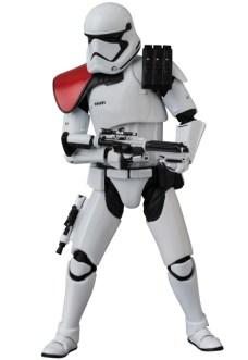 MAFEX-Last-Jedi-Stormtrooper-006