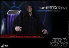 Hot-Toys-Star-Wars-Emperor-Palpatine-Deluxe-017