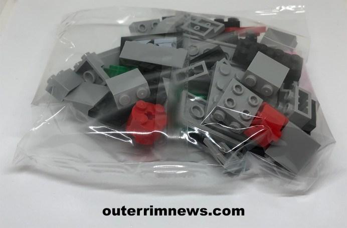LEGO Brickheadz Captain Phasma packaging