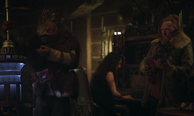 Screen capture from the Denny's Solo commercial.