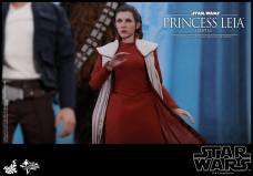 Hot-Toys-Bespin-Princess-Leia-006