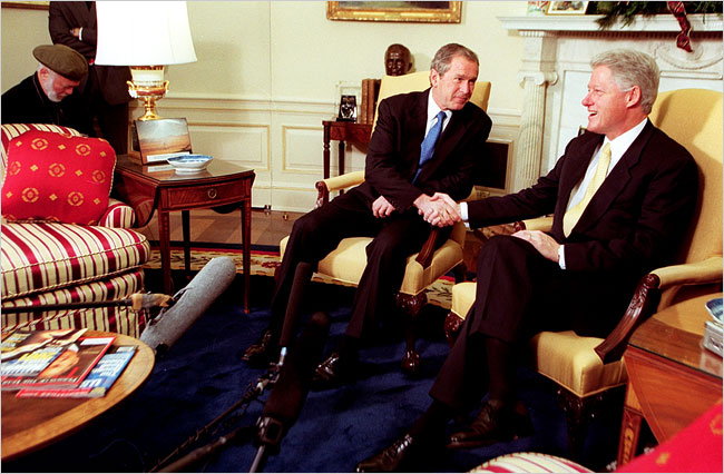 Mr. Bush, the president-elect, visiting with President Bill Clinton at the White House in 2000.