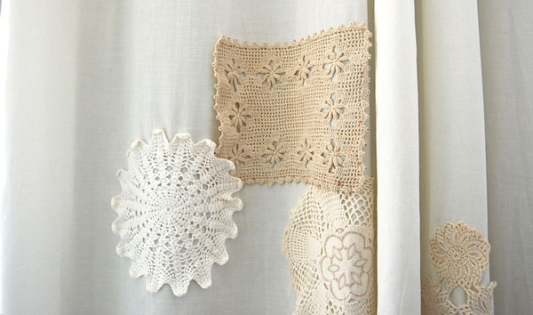 crochet-doily-shower-curtains-thenester