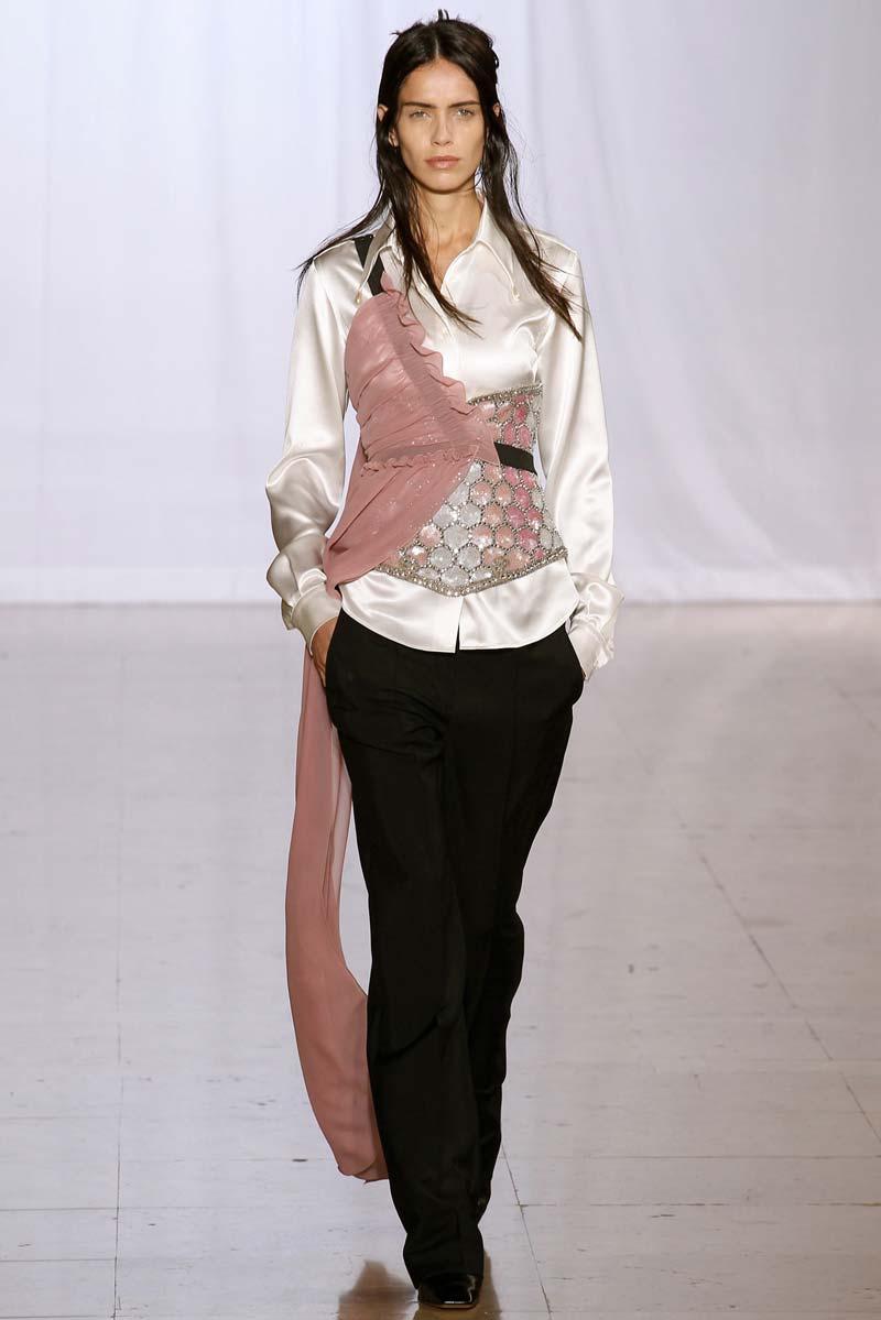 Maison-Martin-Margiela-Summer-RTW-2014-1-scarf-harness