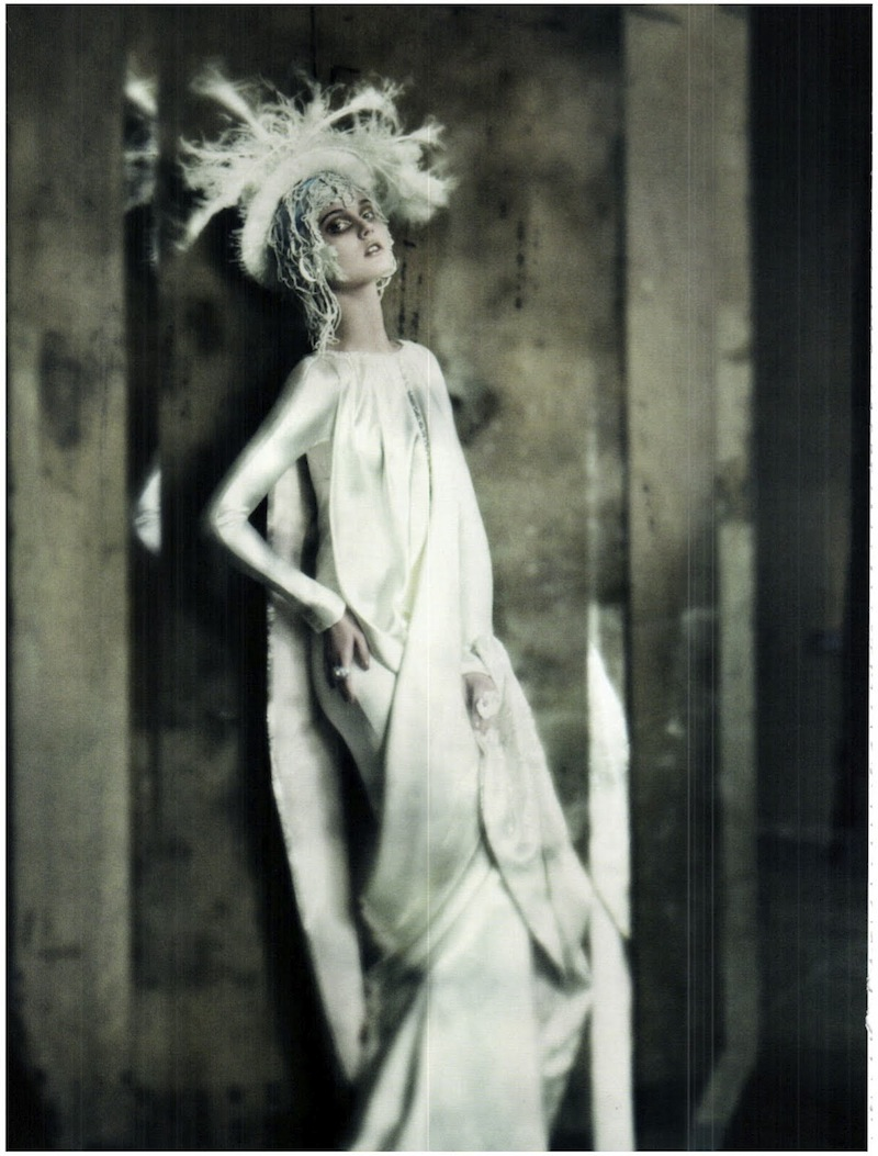 frida-gustavsson-monika-jagaciak-and-kristina-salinovic-by-paolo-roversi-the-haute-couture-vogue-italia-september-2011 8