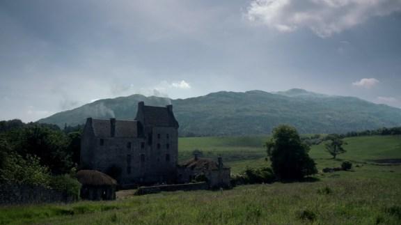 Outlander -S01E12 - Lallybroch - 1080p.mkv_003325239