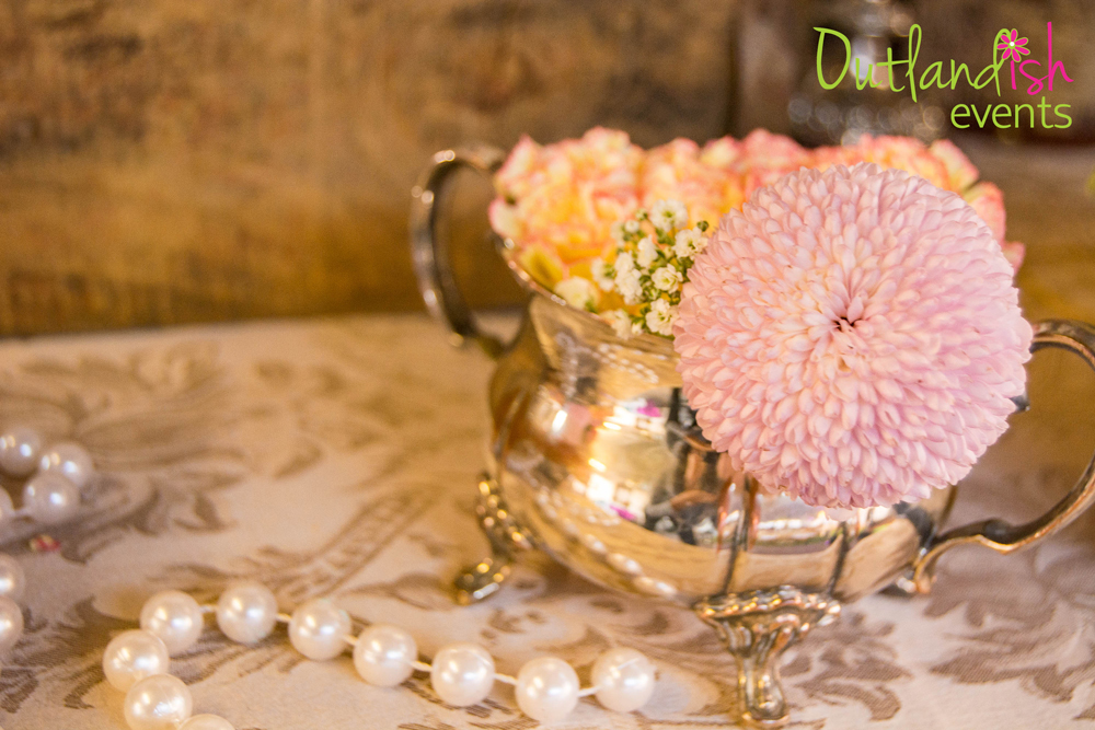 Outlandish-Events-Vintage-Tablescaping