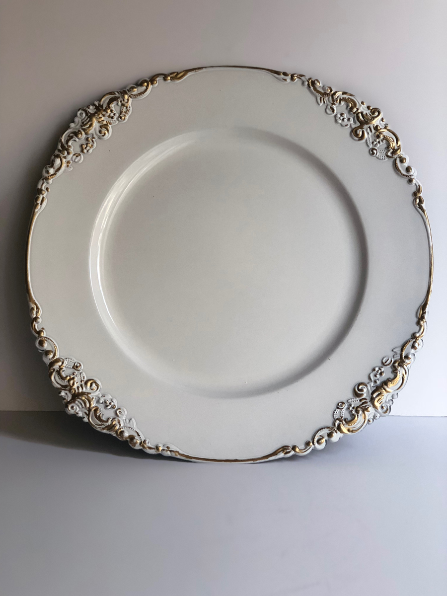 The Decor Style Studio - Charger Plates For Hire