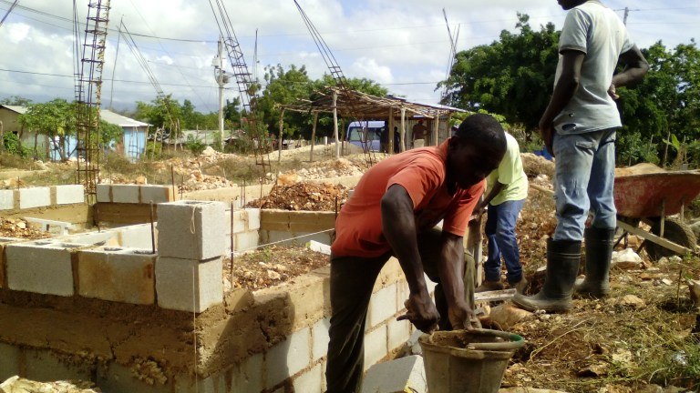 Donate on line for the construction of our church