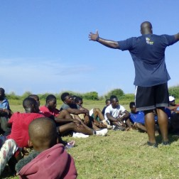 pastor Brandon Kennedy presented the gospel to the youth of Los Cocos.