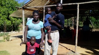 The pastor Elides and his family