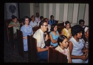 Howard y Dell Shoemake en la iglesia