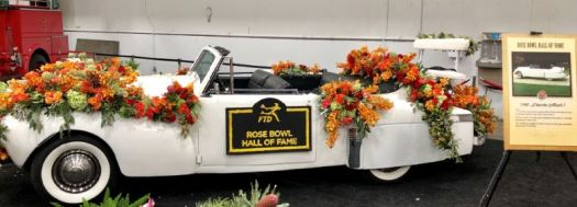 Photo courtesy Furrey family A 1940 Lincoln Mark 1 owned by La Cañada Flintridge resident Jerry Furrey transported some 2018 Rose Bowl Hall of Fame inductees in this week's Rose Parade.