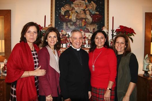 Julieta Bennett, Rossana Cacho-Sousa, Father Marcos Gonzalez, Laura Aguirre and Julianne Coppersmith