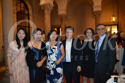 Tiffany Xu, Linda Li, Young Liu, Jeff Chang, Roshanak Shafina and Ali Hajmri