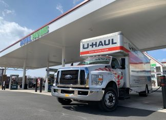 26' U-Haul Ford F-650 Front at Gas Station